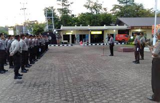 Wakapolres Sanggau Lepas Personil BKO ke Polres Sintang