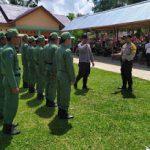 Brigpol Sutikno Latih PBB kepada Linmas Desa Semayang