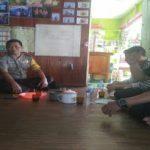 Bhabinkamtibmas Memonitor Situasi Kamtibmas di Desa Binaannya