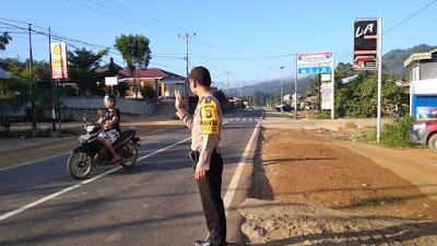 Strong Point Pagi Brigpol Sapto di Simpang Indomaret Batang Tarang
