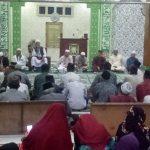 Meriahkan Acara Maulid Nabi, Warga di Lingkungan Masjid Al Jihad Sanggau Nyumbang Kue