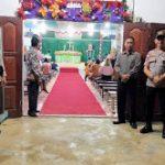 Kapolsek Noyan Pimpin Pengamanan Misa Natal di Gereja Salib Suci Noyan
