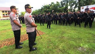 Kapolda Kalbar Sampaikan Rasa Bangganya Kepada Pasukan Brimob Polda Kalbar Yang Ditugaskan di Papua