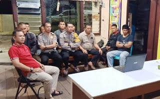 Kapolsek Toba pimpin Nobar Film Surga Kecil di Bondowoso