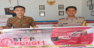 Bhabinkamtibmas Sosialisasikan Stop Pungli di CU. Semarong Dusun Sungai Daun