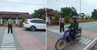 Strong Point Pagi Brigpol Eky Suprianto di Depan SMP Selamet Riyadi Batang Tarang