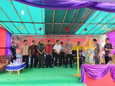 Kapolres Sanggau Hadiri Misa dan Perayaan Natal Bersama Gereja Oikumene Hati Kudus PT. BHD