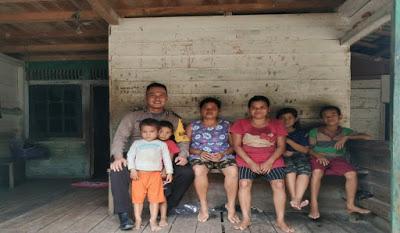 Perhatikan Perkembangan Buah Hati Briptu Yosef Jono Himbau Ibu-ibu di Desa Binaan