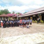 Bripka Rudy Sosialisasikan Tentang Kamseltibcarlantas Kepada Pelajar SMPN 2 Parindu