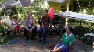 Sambil Melaksanakan Patroli Bripka Saprin Gunawan Sampaikan Pesan Kamtibmas