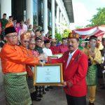 Tiga Penghargaan Diterima Kabupaten Sanggau Pada HUT ke-63 Pemprov Kalbar