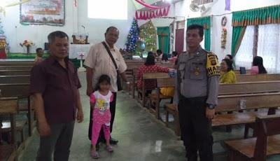 Bripka Darli Usman Pantau Situasi Kamtibmas dan Laksanakan Pam di Gereja Kalimantan Evangelis