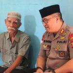 Kapolres Sanggau Takziah Ke Rumah Keluarga Besar Polisi Yang Meninggal Dunia