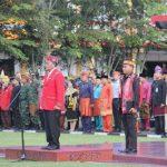 Upacara Bendera Peringatan HUT ke-63 Pemerintah Provinsi Kalbar Tahun 2020 di Halaman Kantor Bupati Sanggau