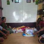 Kapolsek Meliau Berikan Tali Asih Kepada Warga yang Menderita Penyakit Tumor