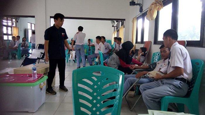 Donor Darah di SMK Tri Dharma Sanggau, PMI Peroleh 39 Kantong