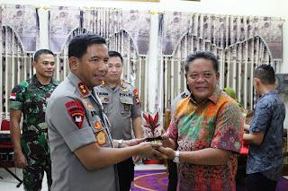 Kapolda Kalbar Silaturahmi ke Bupati Sanggau