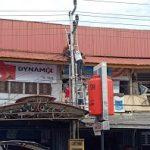 Warga Sanggau Tersengat Listrik saat Ganti Seng Bocor