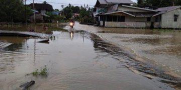 BREAKING NEWS: Banjir Landa Kecamatan Noyan, Sekolah Dasar Diliburkan