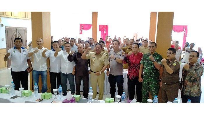 Paolus Hadi Terpilih Aklamasi Jadi Ketua PSSI Kabupaten Sanggau
