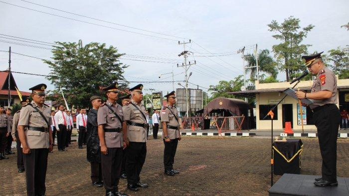 Kapolres Sanggau Pimpin Sertijab Kasat Binmas dan Dua Kapolsek