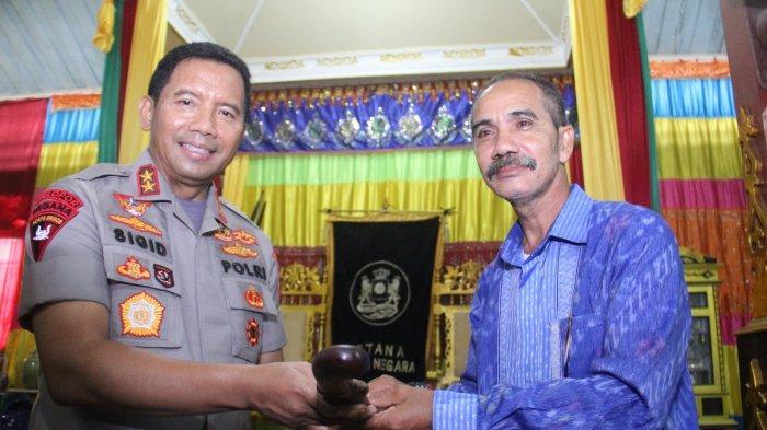 Kapolda Kalbar Silahturahmi ke Panggeran Ratu Surya Negara Sanggau