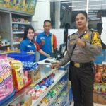 Brigpol Febri Tri Suhardi Sambangi Karyawan Indomaret dan Himbau Waspada Hoax