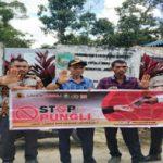 Bhabinkamtibmas Sosialisasikan Stop Pungli di Desa Semirau