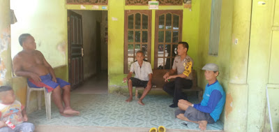 Bripka H. Wendy DDS ke Rumah Warga Binaan di Desa Senyabang Kecamatan Batang Tarang