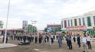 Personil Polres Sanggau Lakukan Senam Andri Wongso S3