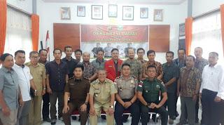 Pilkades Serentak se-Kecamatan Entikong Ditandai Deklarasi Damai