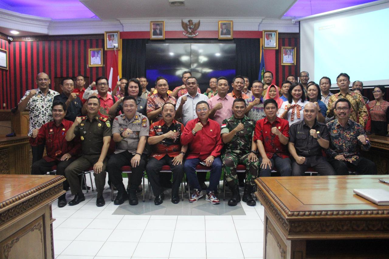 Wabup Sanggau Sambut Kedatangan Anggota Komisi II DPR-RI