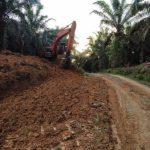 Jalan dibuka, akses ke Dusun Sekura terbuka