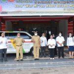PT Antam Salurkan Bantuan Satu Unit Mobil Ambulans kepada PMI Sanggau