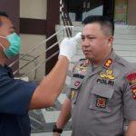Instruksi Kapolres Sanggau Cegah Covid-19,  Cek Suhu Tubuh Hingga Minta Personel Jaga Pola Hidup