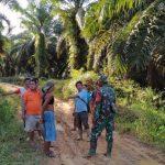 Warga Dusun Sekura Sambut Baik dan Penuh Suka Cita Adanya TMMD Kodim Sanggau