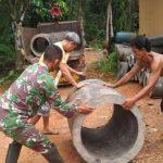Sukseskan TMMD Kodim Sanggau, Warga Kompak Kerjasama Dengan TNI