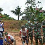 Kasi Teritorial Korem 121/Abw Tinjau Lokasi TMMD Kodim Sanggau