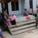 Satgas TMMD Sempatkan Diri untuk Laksanakan Komsos di Lokasi TMMD Sanggau