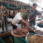 Pemkab Sanggau Lakukan Sidak Pasar Melihat Kondisi Stabilitas Harga dan Stok Bahan Pangan di Tengah Virus Covid 19