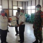 Sebanyak 1.712 KPM di Kecamatan Parindu Menerima Bantuan Beras