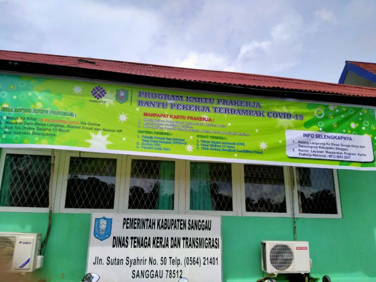 Nakertrans Sanggau Fasilitasi Pendaftaran Kartu Prakerja