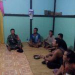 Sertu Yanto anggota TMMD kunjungi rumah warga
