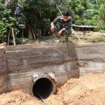 Kupingan gorong-gorong rampung dikerjakan prajurit Satgas TMMD