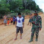 Warga Dusun Jonti, mencoba jalan hasil pengerjaan TMMD