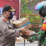 Kapolres Sanggau Hadiri Penyaluran 1600 Sembako, Peduli Lawan Covid-19 di Perkumpulan Bhakti Sentosa