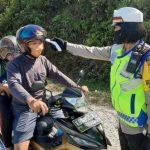 Satlantas Gelar Operasi Ketupat di Jalan Raya Sanggau-Bodok, Ingatkan Warga Pakai Masker