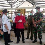 Cek Harga dan Stok Sembako,DPRD Sanggau Didampingi Disperindagkop Sidak Pasar dan Toko di Kembayan