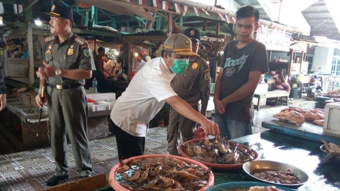 Pemkab Sanggau Sidak Pasar,Cek Harga dan Stok Pangan