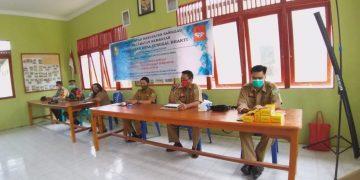 Penyaluran Bantuan Langsung Tunai Dana Desa (BLT DD ) Perdana di Kabupaten Sanggau Desa Tunggal Bhakti Kec. Kembayan
